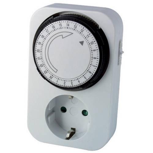 Analog Timer with plug and Schuko 16A 250V 093 195 Maurer